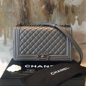 Chanel medium gray boy bag 100% authentic
